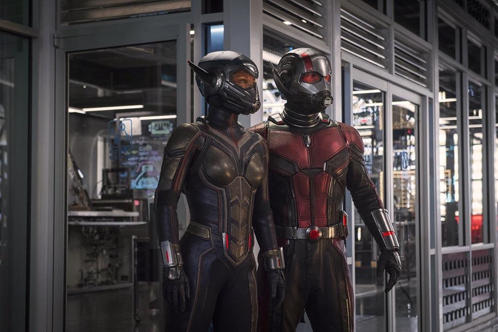 Homem-Formiga 2 - Divulgada nova imagem mostrando o novo uniforme dos personagens