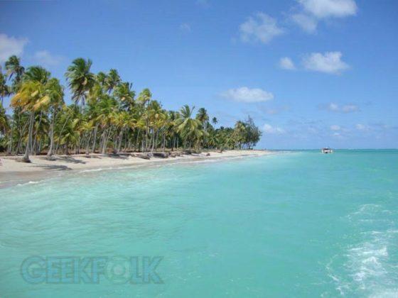 Outro paraíso próximo é a Praia dos Antunes. Uma linda praia e pouco frequentada, dá aquele ar bem selvagem.