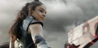 Vingadores: Ultimato da Marvel Studios quase teve uma cena de luta envolvendo Okoye (Danai Gurira), de Pantera Negra, e Valkyrie de Thor: Ragnarok (Tessa Thompson), usando as armas um do outro nos muitos bandidos do filme.