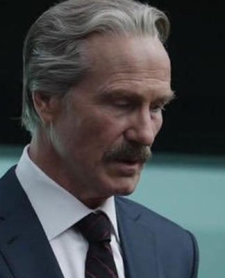 Novas fotos do set da Viúva Negra revelam que William Hurt aparecerá como Thunderbolt Ross, e pode ser para configurar os Thunderbolts.